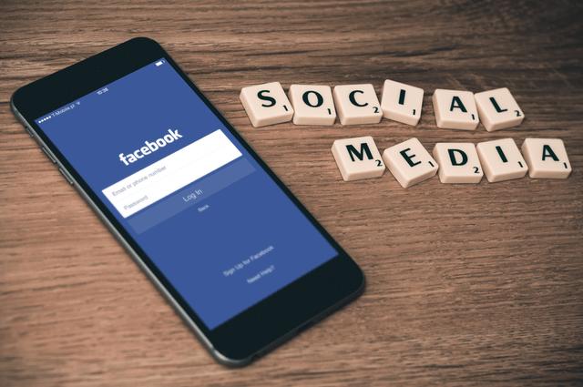 פייסבוק - Facebook