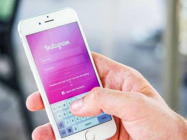 חברתי מקומי סלולרי - SoLoMo